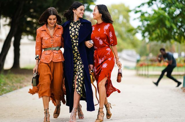 Fashion Trends -Why are trendy clothes so expensive? - title