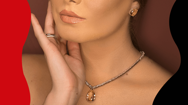 Fashion Trnds and Style- how to add luxury jewelry to any outfit without overdoing- banner