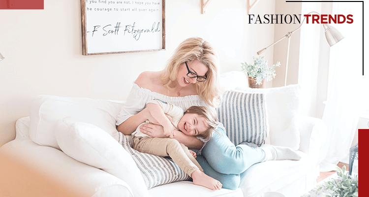 Fashion Trends and Style - I'm a young mother, - Banner